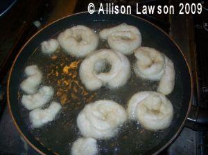 makingdoughnuts